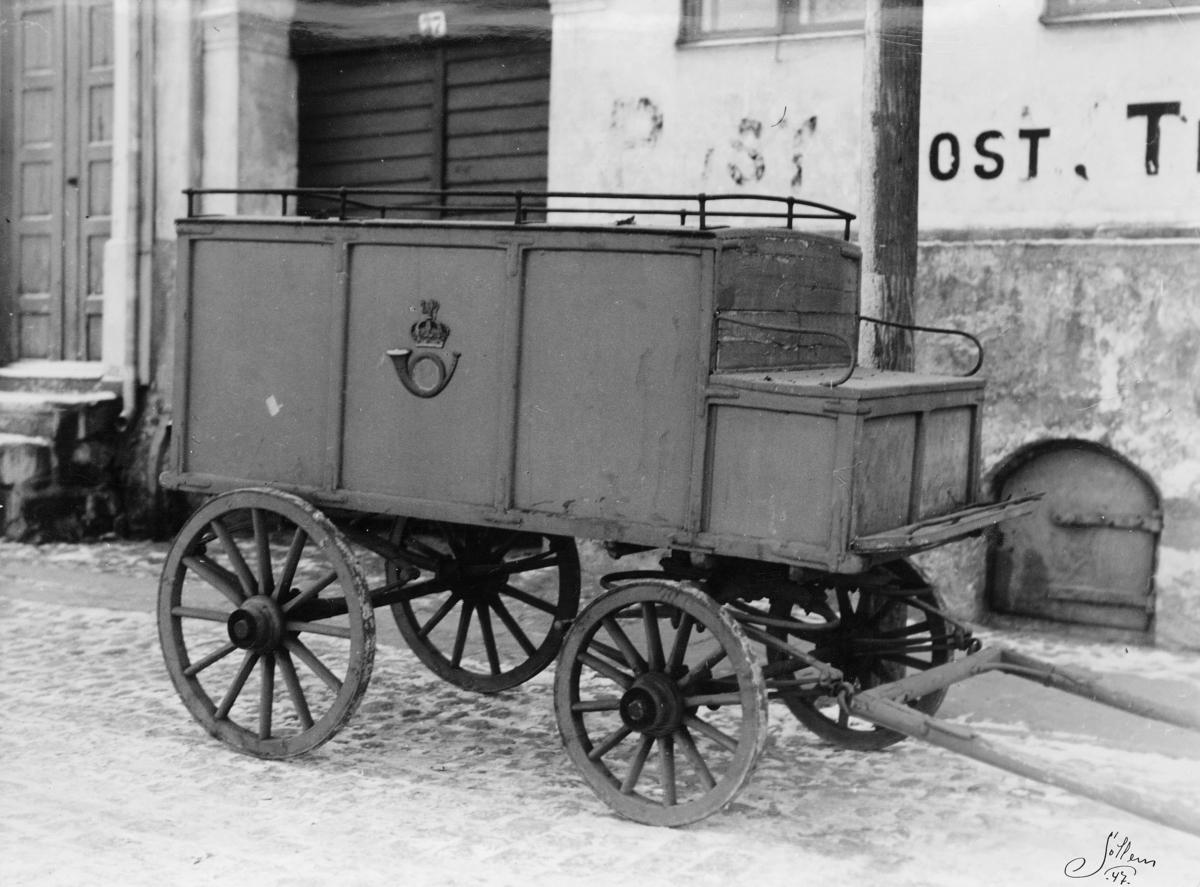 transport, hest, vogn fire hjul, postemblem, Fredrikstad