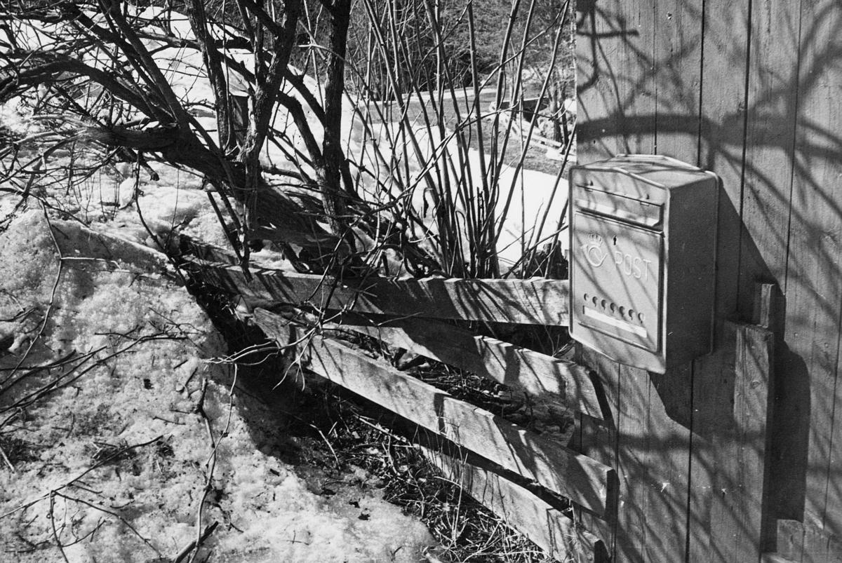 postkasser, Rustadsaga, offentlig kasse
