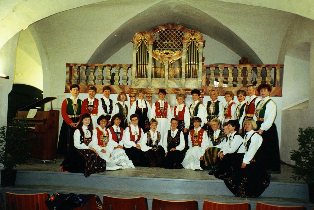begrepet personale, Postens damekor, på besøk i Salzburg
