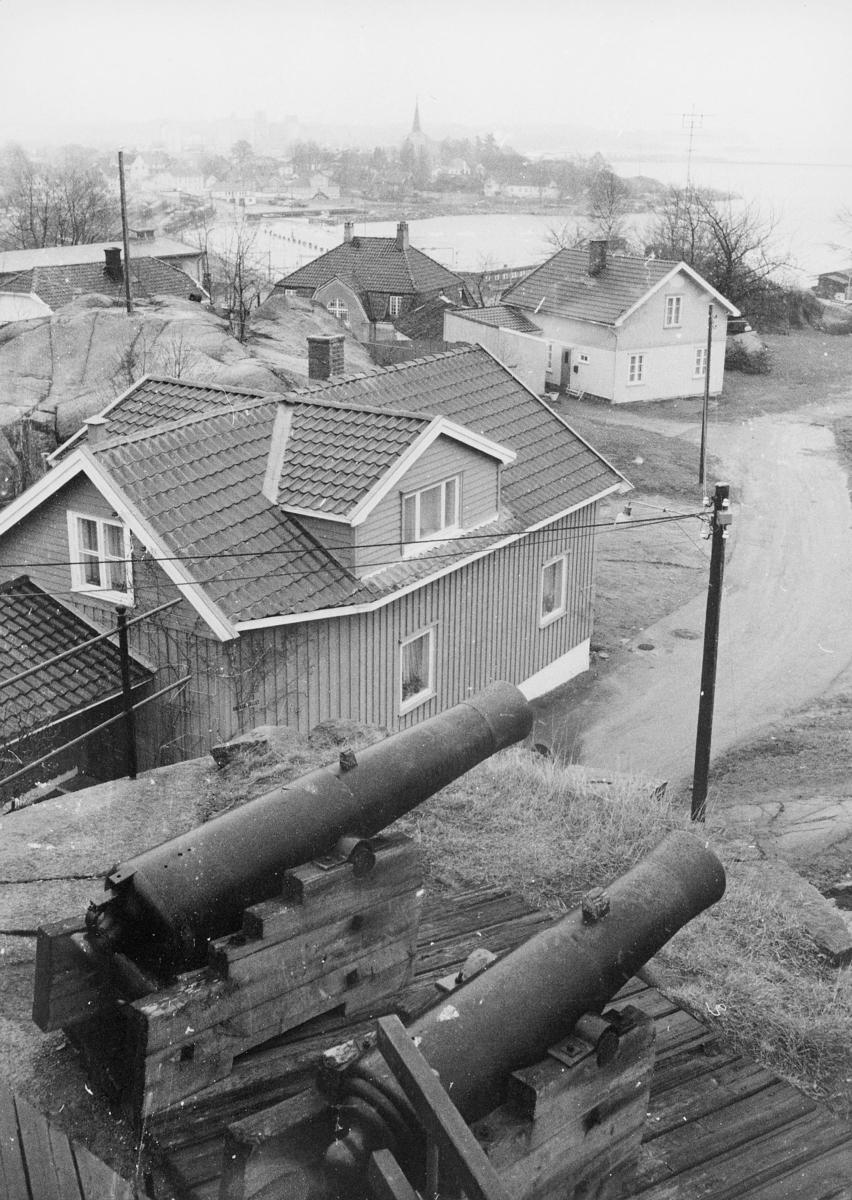 norgesbilder, Larvik, kanoner, bygninger