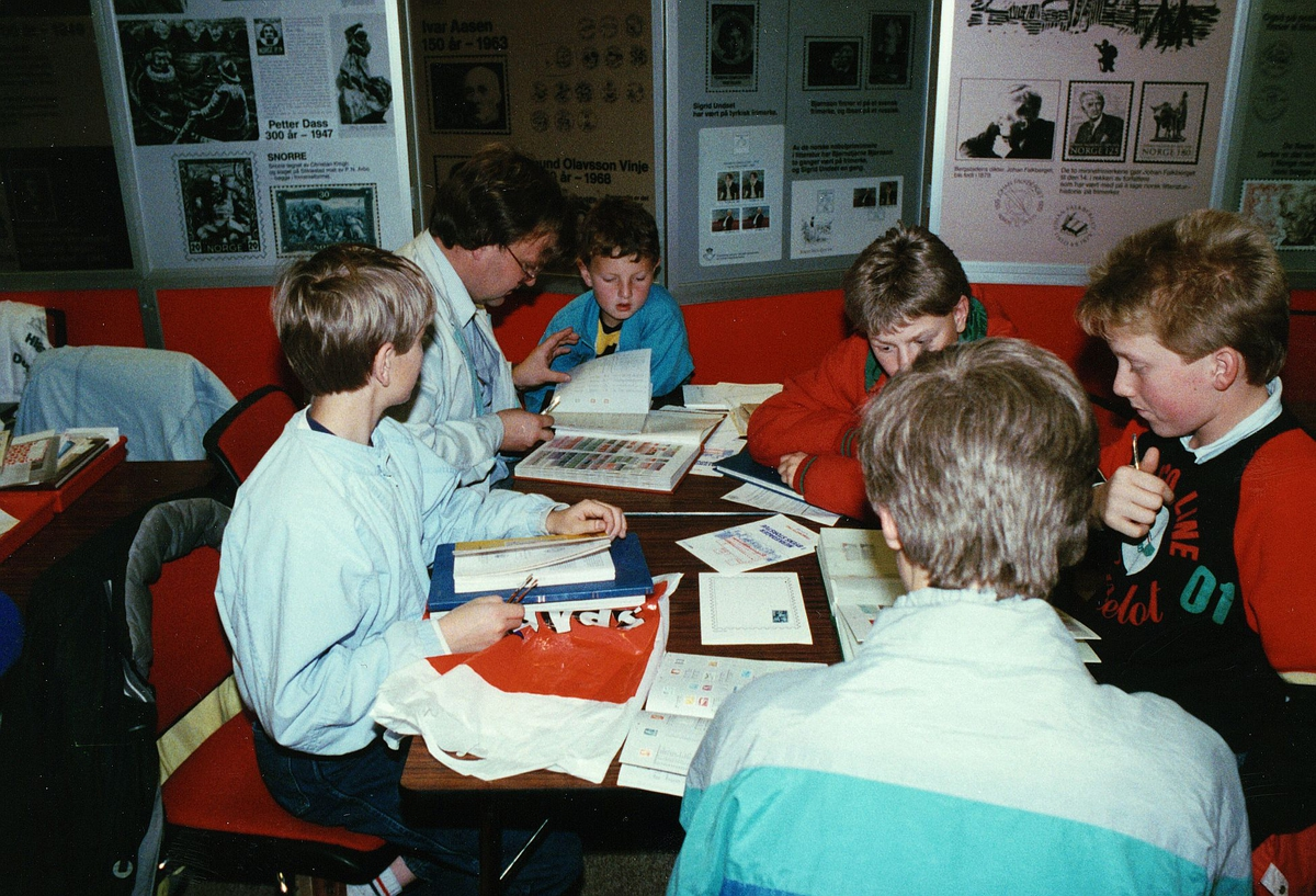 frimerkets dag, Oslo Rådhus, aktivitet, barn, voksne