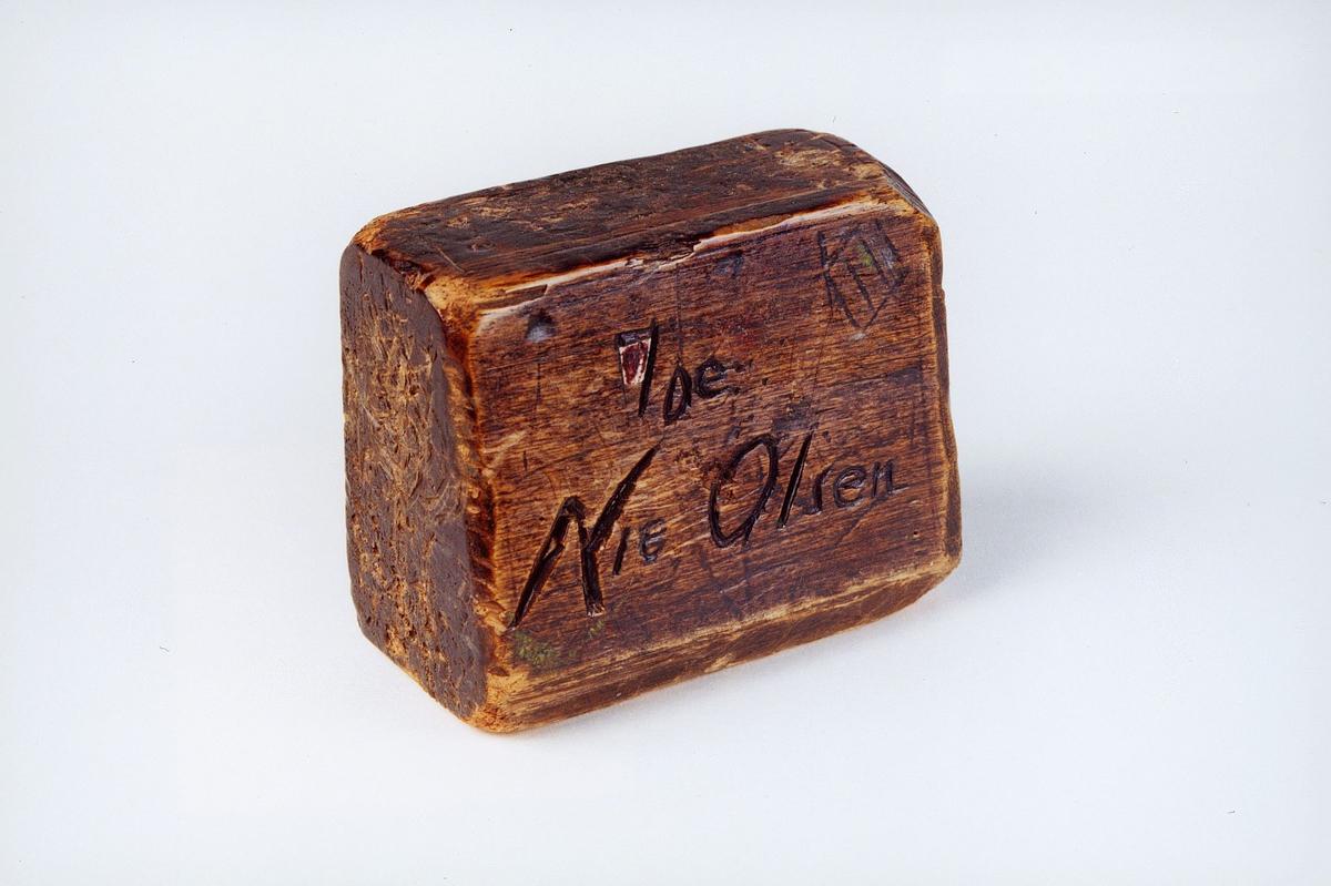 Postmuseet, gjenstander, brevstøtte, brukt av budene til å støtte opp brev under sortering.