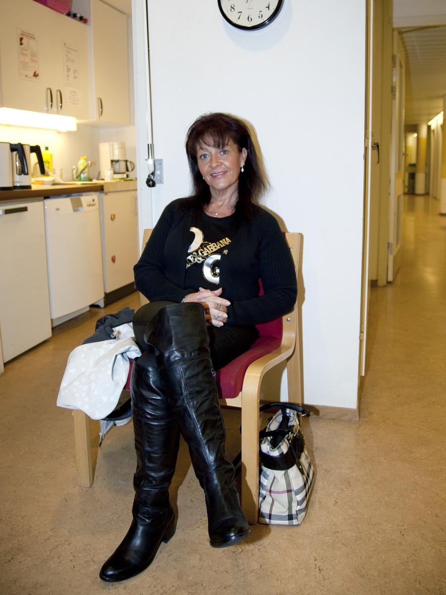 Svineinfluensa. Vaksinasjon mot svineinfluensa på Skedsmo Rådhus den 20.11.09.  Vaksinasjonsområde.  Alle ble anbefalt å sette seg i vaksinasjonsområdets hvilerom etter vaksineringen. Venting etter vaksinasjon.