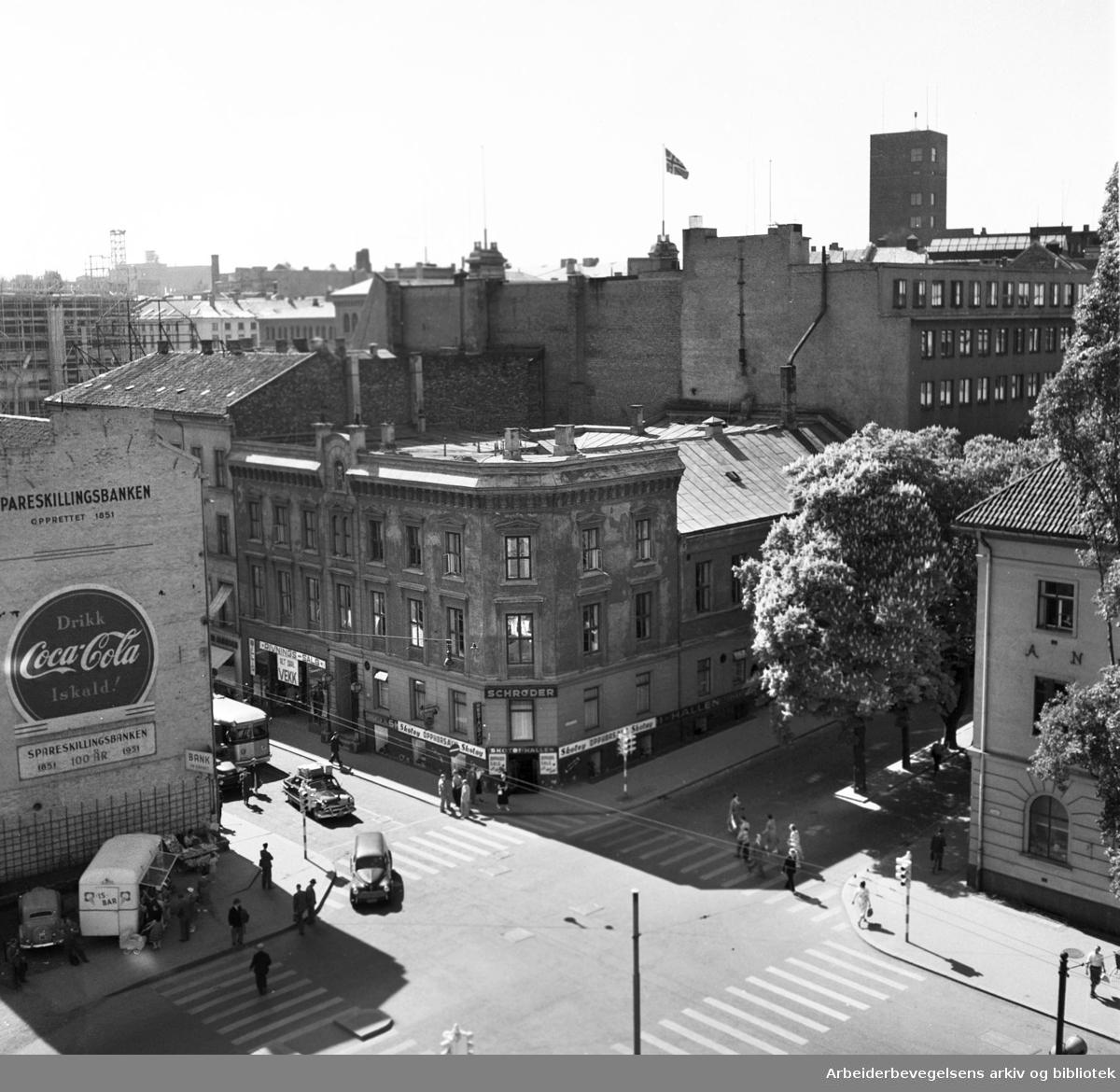 Det gamle Folkets Hus skal rives..Torggata 14 (Oslo Arbeidersamfund med Schrøder) skal rives,.juni 1954