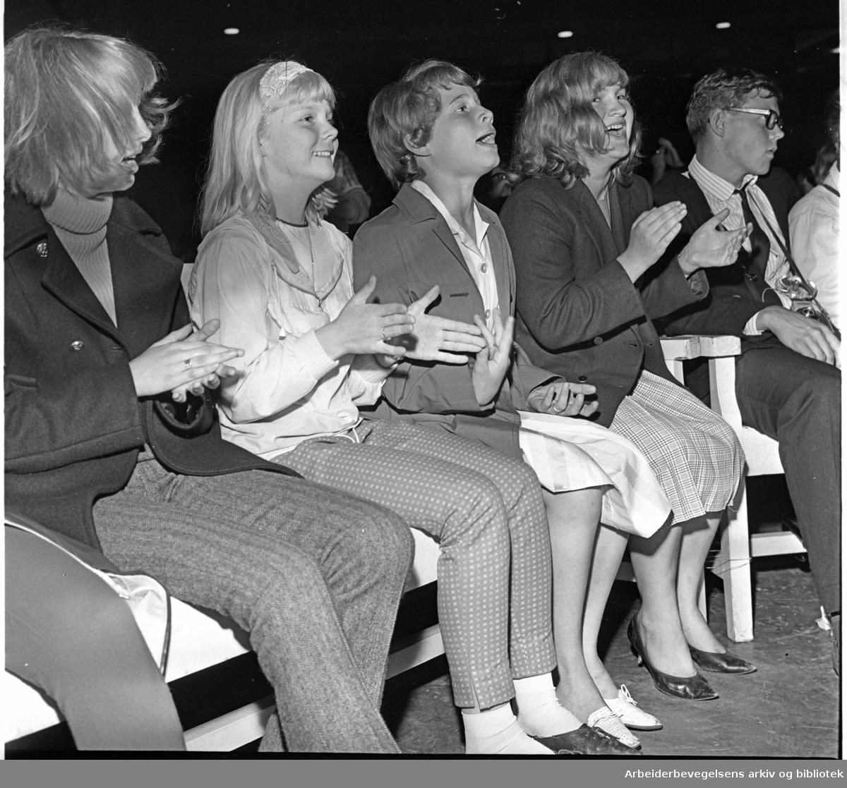 The Rolling Stones spiller på Sjølyst,.24. juni 1965