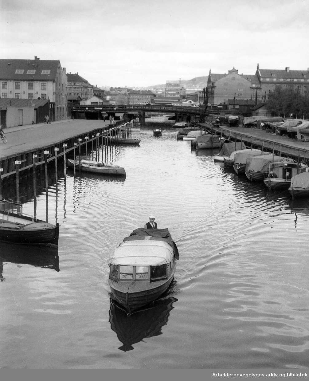 Akerselva,.mai 1956