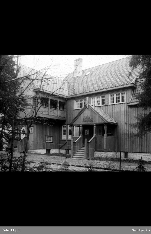 Villa i tre på Slemdal