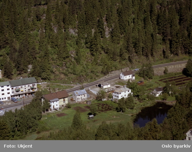 Trondheimsveien (rv 4) mot Gjelleråsen. (Flyfoto)