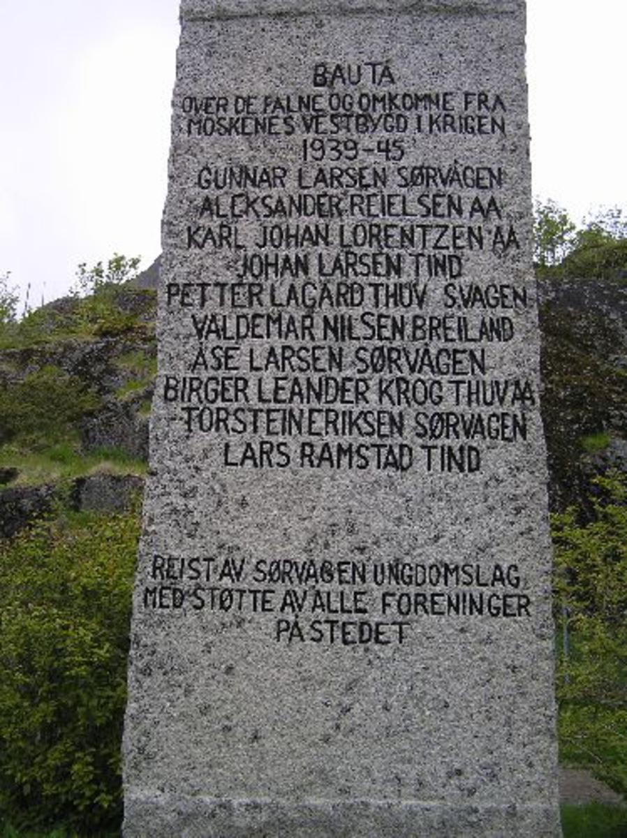 Kjøreanvisning: Avkjøring fra E 10 til fergeleie Moskenes.Moskenes kirke Sørvågen.
