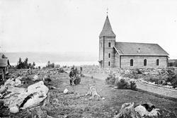 Helgøya kirke som nybygg. Ferdig i 1870.