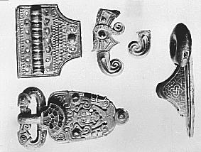 ARKEOLOGISKE GULLFUNN FRA ÅKER, ÅKERSPENNA, C 4901- 4904- 14785- 16605- 10379, OLDSAKSAMLINGEN