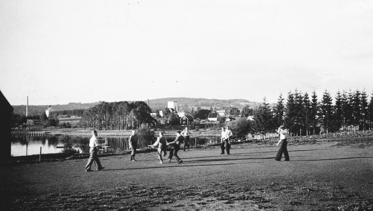 """Hedmarksmuseet, Domkirkeodden. """"Fotballtrening Odden"""" 12. 9. 1936"""