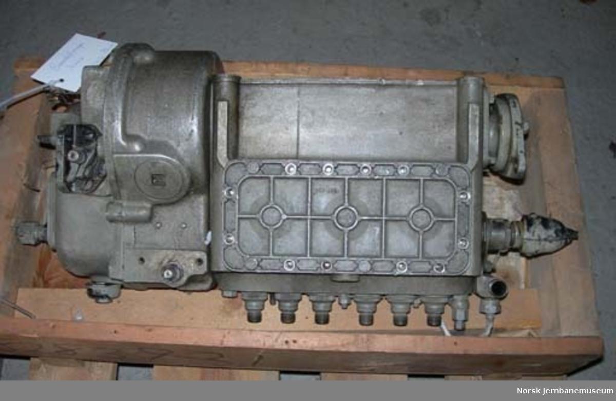 Brennstoffpumpe til Scania-Vabis motor type 812