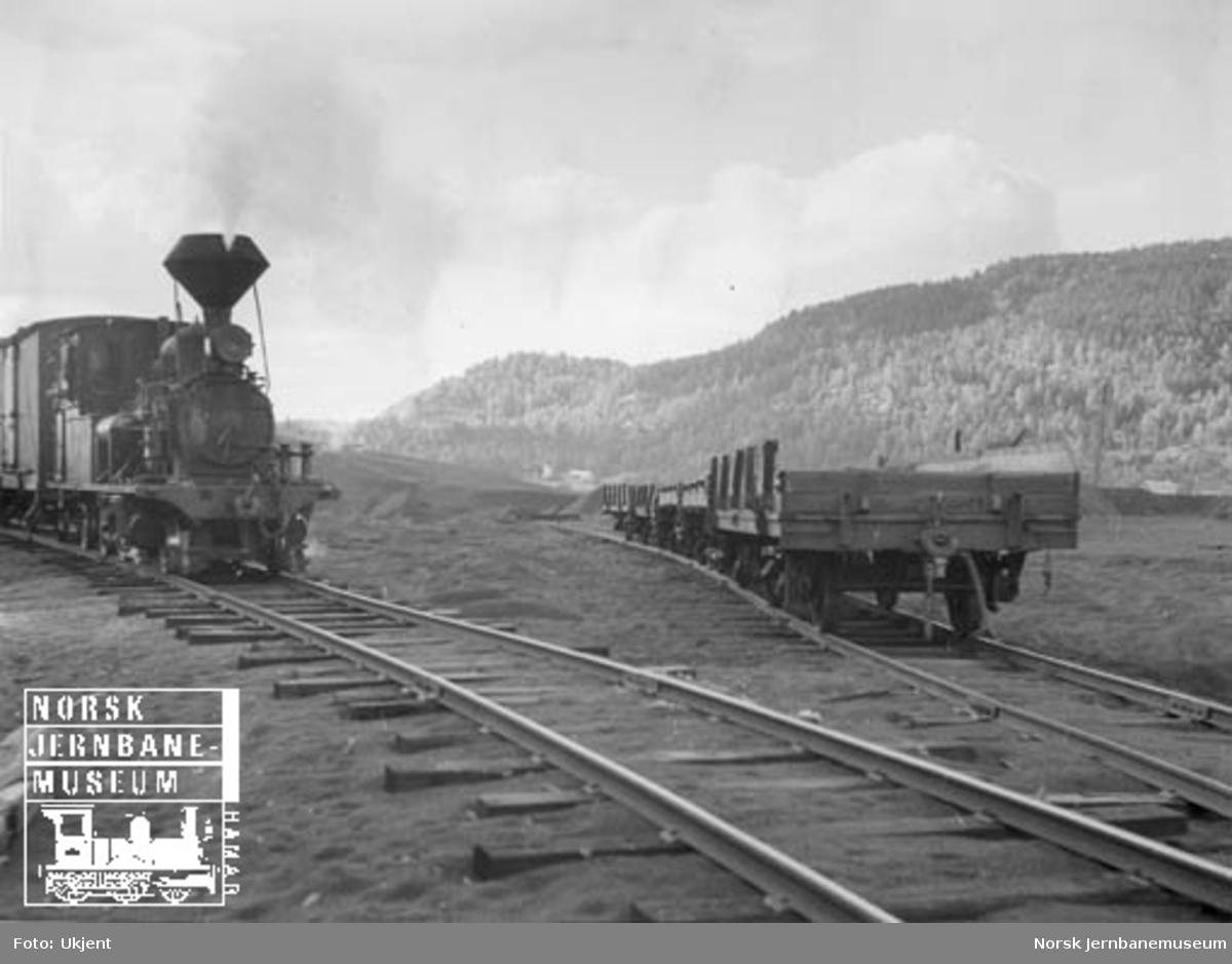 Lokomotiv nr. 2 ved sidespor til Raffineringsverket ved Evje
