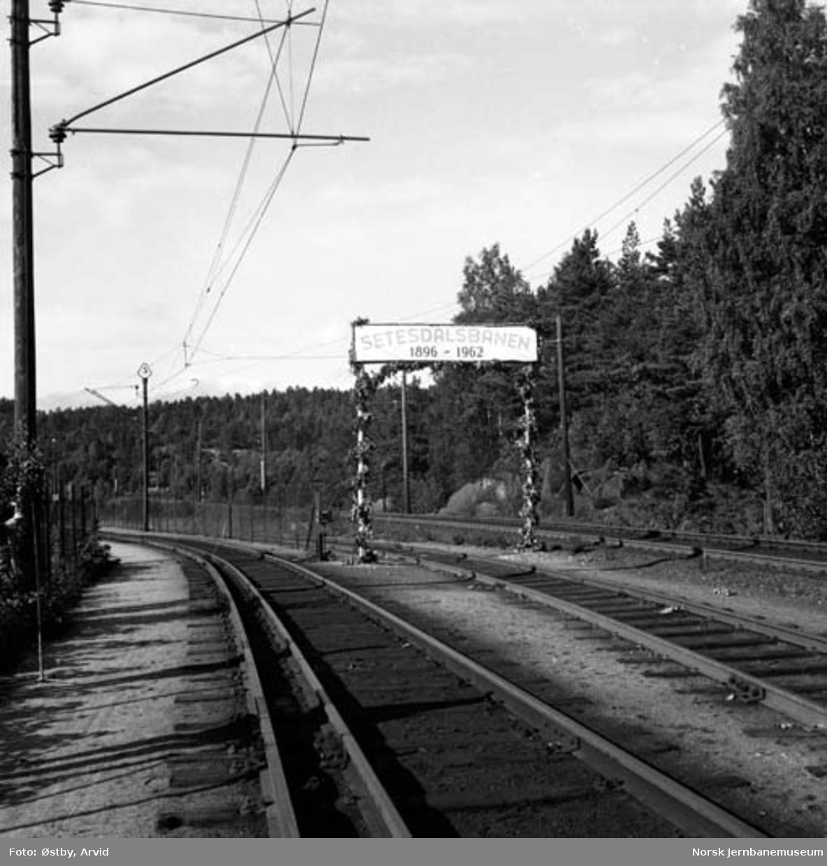 Portalen ved Setesdalsbanens nedleggelse