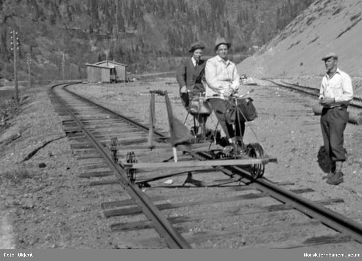 Befaring på Dunderlandsbanen ved Falkstolen mellom Tverrånes og Skonseng