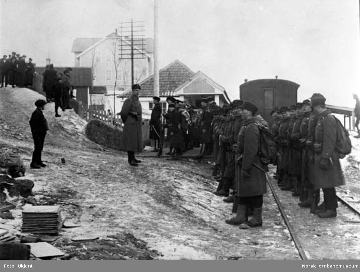Militære på Furulund (Sulitjelma) stasjon