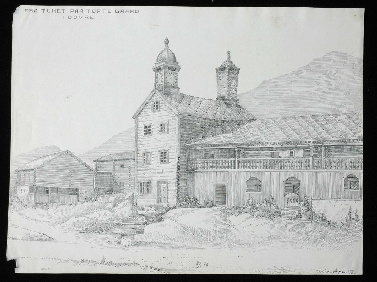 Johan J. Meyers tegning (1911) av gårdstun med hovedbygning, Tofte, Dovre, Oppland.