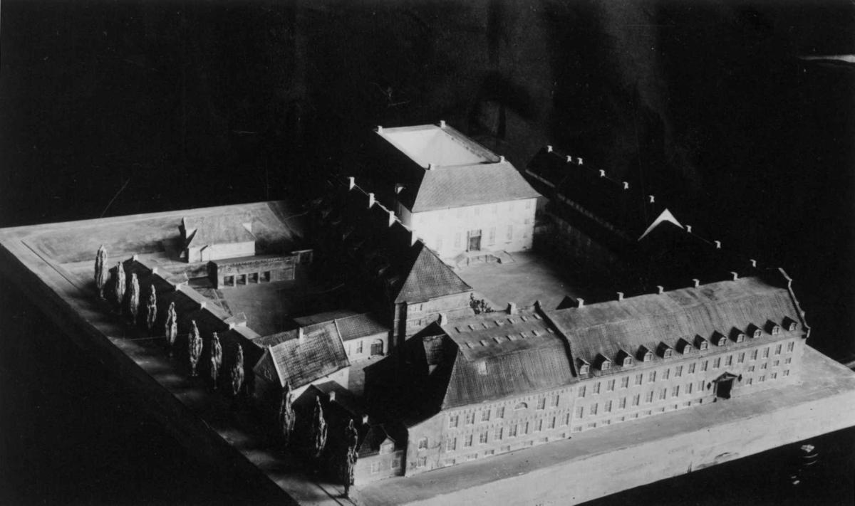 Modellutkast fra arkitektene Bjercke og Eliassen. Utkast til nye museumsbygninger.